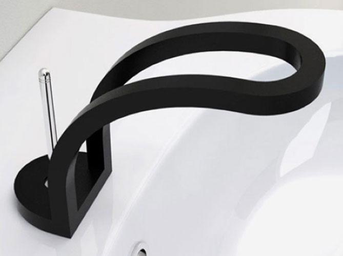 des robinets de salle de bains design elle d coration. Black Bedroom Furniture Sets. Home Design Ideas