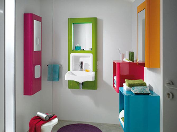Les couleurs s invitent dans la salle de bains elle for Salle de bain pop