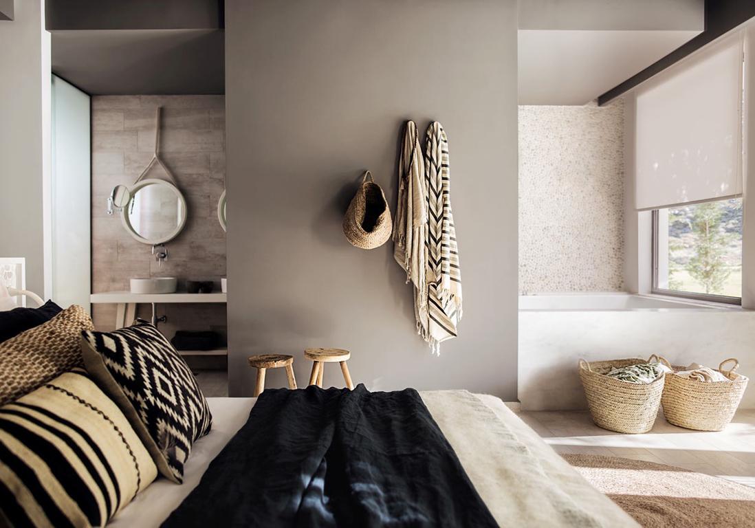 pour ou contre la salle de bains dans la chambre elle d coration. Black Bedroom Furniture Sets. Home Design Ideas