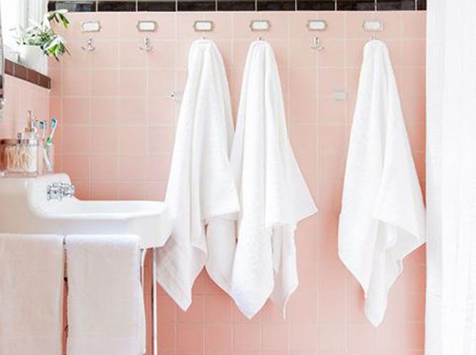 15 id es d co pour une jolie salle de bains elle d coration for Carrelage salle de bain gris rose