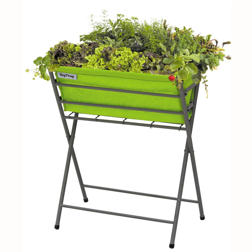 Tendance les plantes prennent de la hauteur elle - Jardiniere en bois sur pied ...