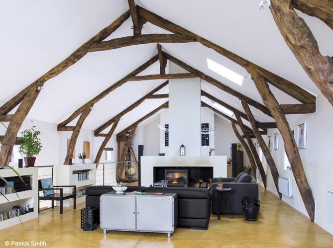 Nos 50 plus belles chemin es elle d coration - Deco moderne dans maison ancienne ...