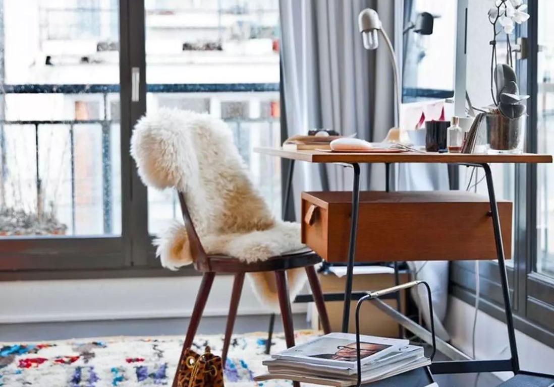 la fausse peau de mouton 12 99 chez ikea le vrai bon achat elle d coration. Black Bedroom Furniture Sets. Home Design Ideas