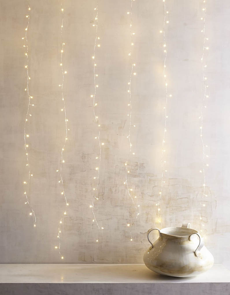 Favori Guirlande lumineuse : lumière sur nos 20 idées déco ! - Elle  EL72