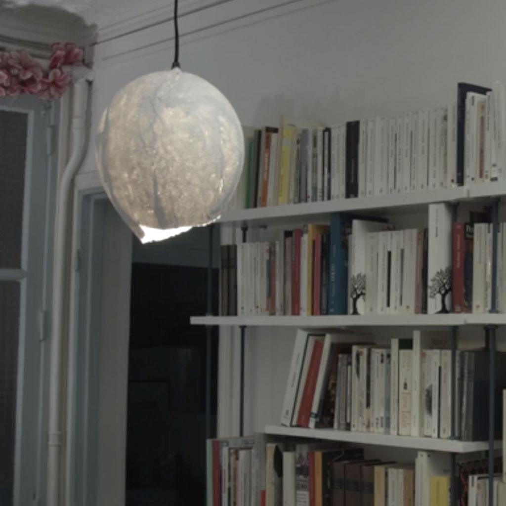 comment faire une lampe ballon elle d coration. Black Bedroom Furniture Sets. Home Design Ideas