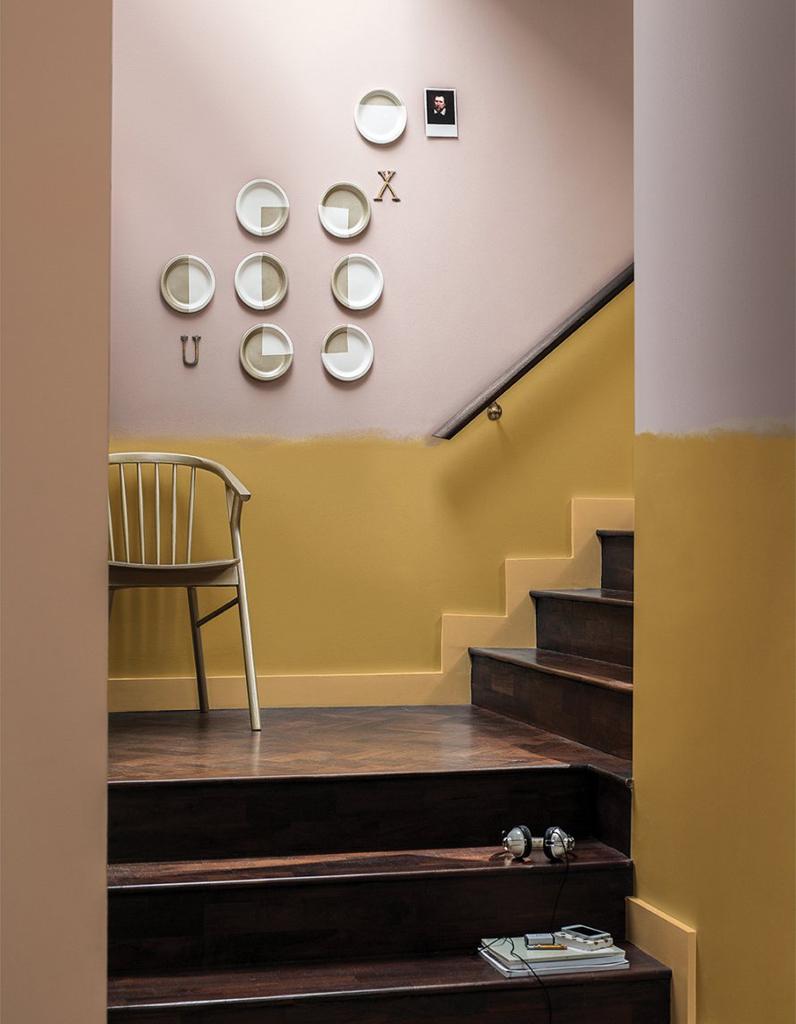 Peindre Une Cage D Escalier En 2 Couleurs décoration d'un mur de cage d'escalier - fiche pratique sur
