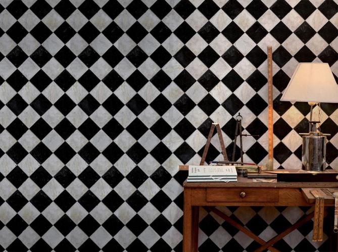 Un papier peint noir et blanc pour un mur l gant elle - Papier peint noir et blanc rayures ...