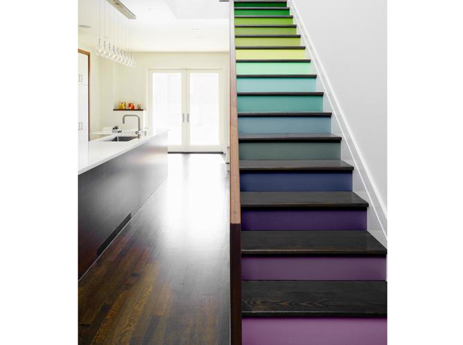 Couleurs jouez sur les volumes de votre int rieur - Couleur mur escalier ...