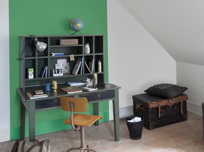 quelles couleurs associer avec le vert elle d coration. Black Bedroom Furniture Sets. Home Design Ideas