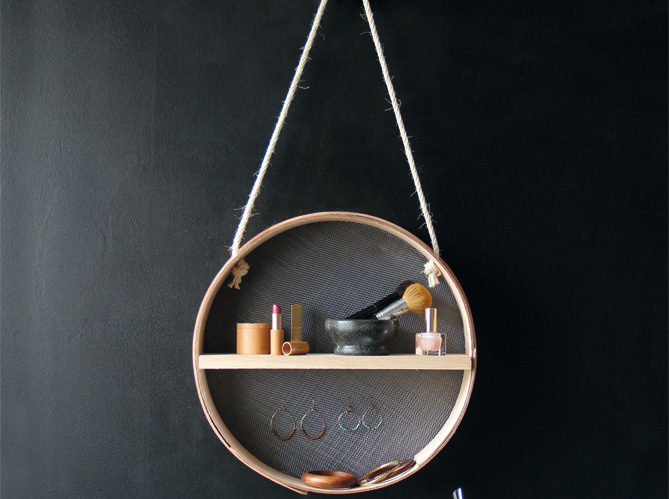 diy fabriquez un petit rangement suspendu elle d coration. Black Bedroom Furniture Sets. Home Design Ideas