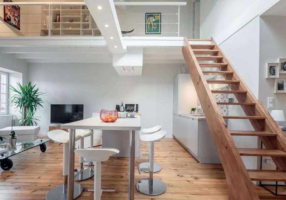 Airbnb biarritz 20 appartements lofts et maisons de for Appartement et maison chaville