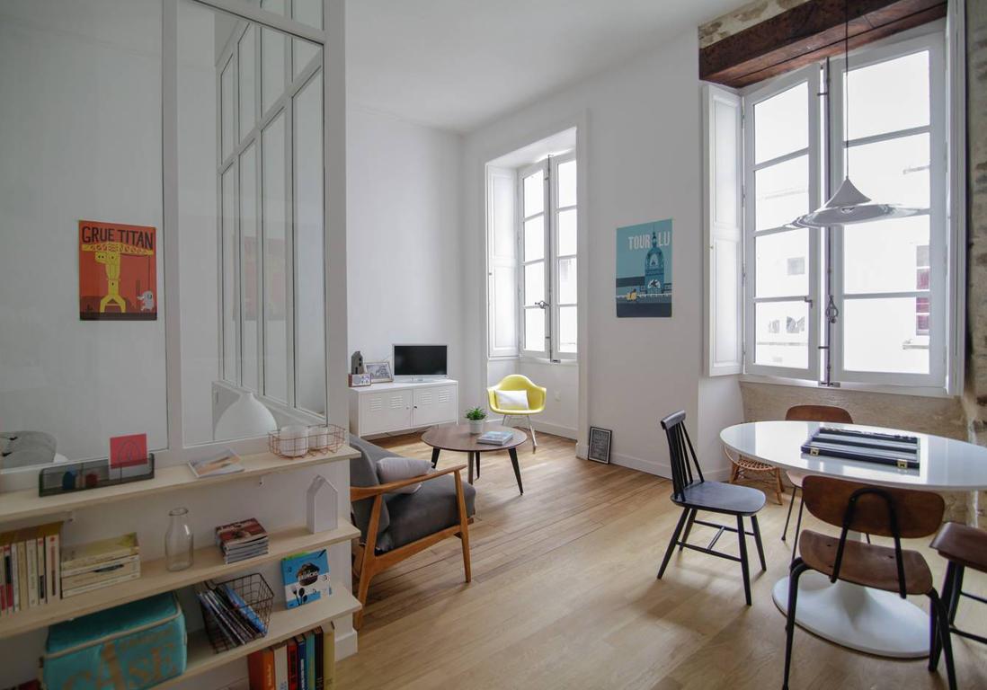 airbnb nantes 20 appartements maisons et lofts de r ve nantes elle d coration. Black Bedroom Furniture Sets. Home Design Ideas