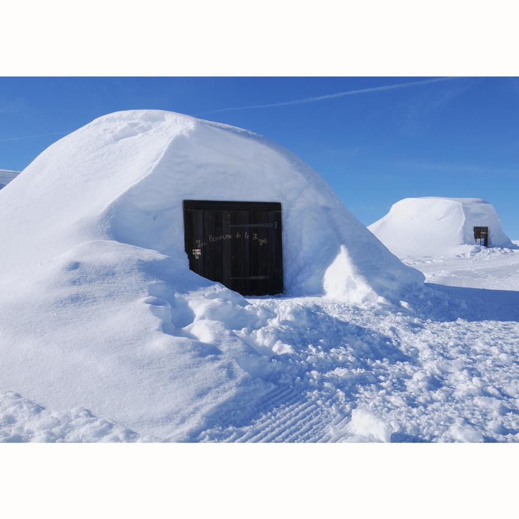 Les h bergements les plus insolites la montagne elle d coration - Dormir dans un igloo ...
