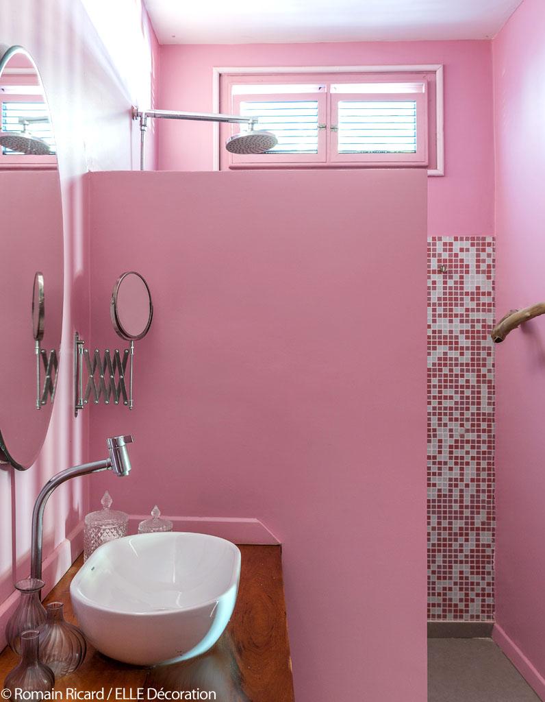 Le petit h tel de r ve imagin par stella cadente du for Salle bain rose