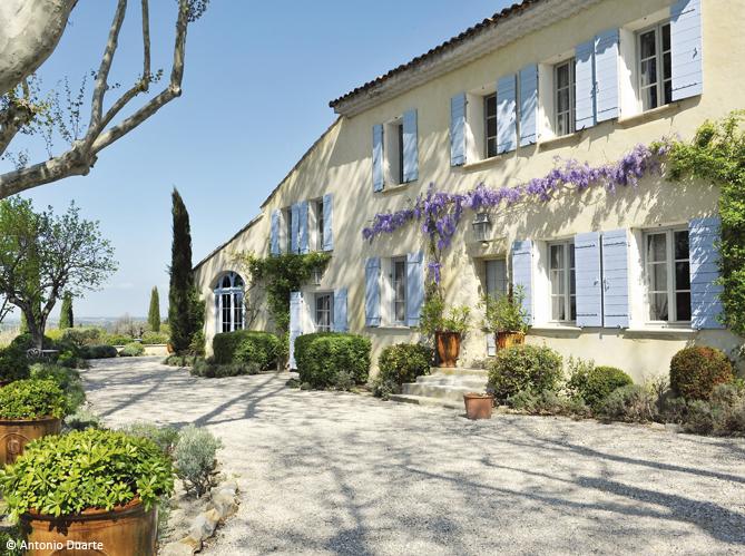 D couvrez les 50 plus belles maisons de vacances en france elle d coration - Maisons provencales photos ...