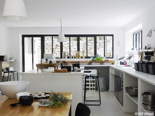 In s de la fressange la parisienne en provence elle for Ateliers cuisine paris