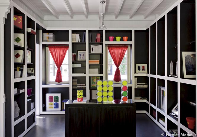 jean pierre raynaud un artiste radical elle d coration. Black Bedroom Furniture Sets. Home Design Ideas