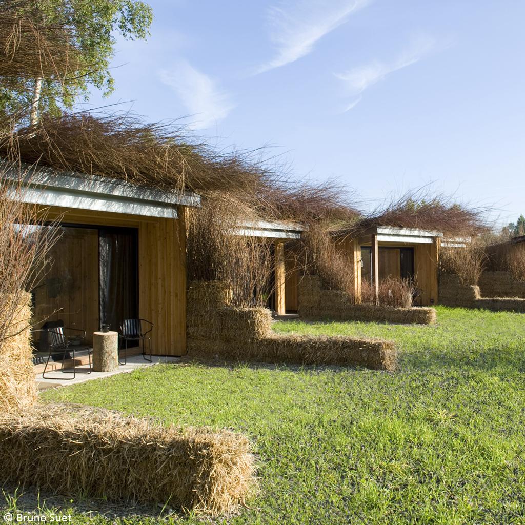 Des maisons d architectes qui se fondent dans le d cor - Maison nature deco chambery ...