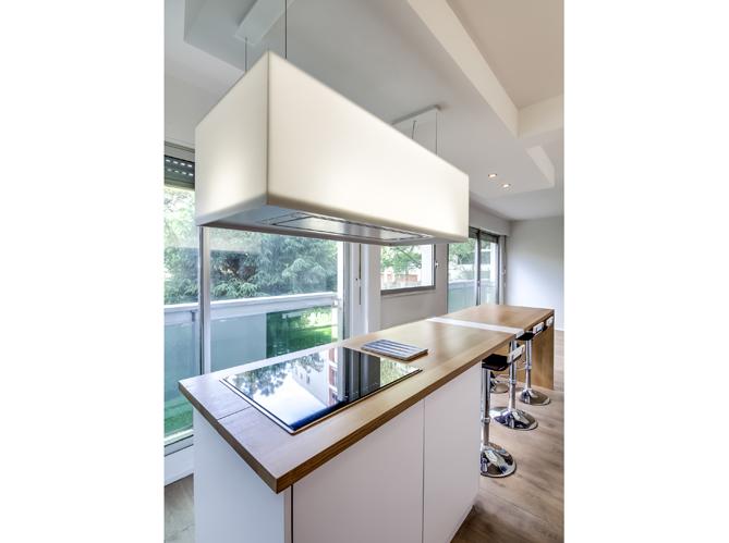 la transformation de deux studios en un grand appartement elle d coration. Black Bedroom Furniture Sets. Home Design Ideas