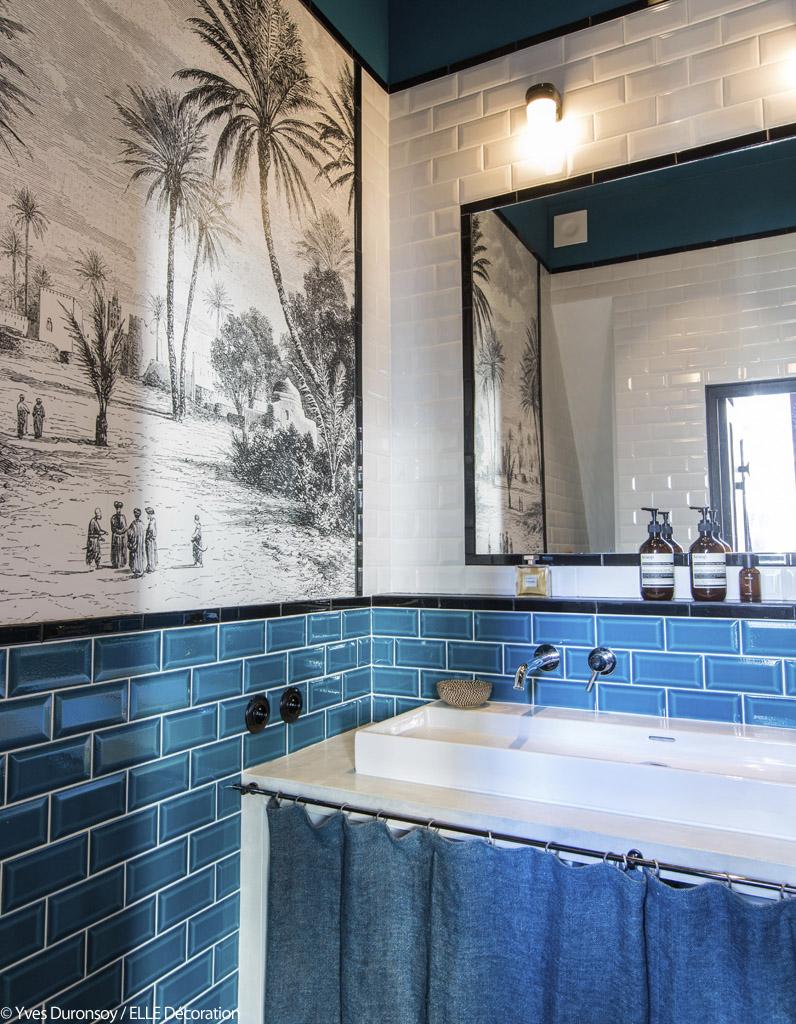 Un appartement en bleu et noir - Elle Décoration