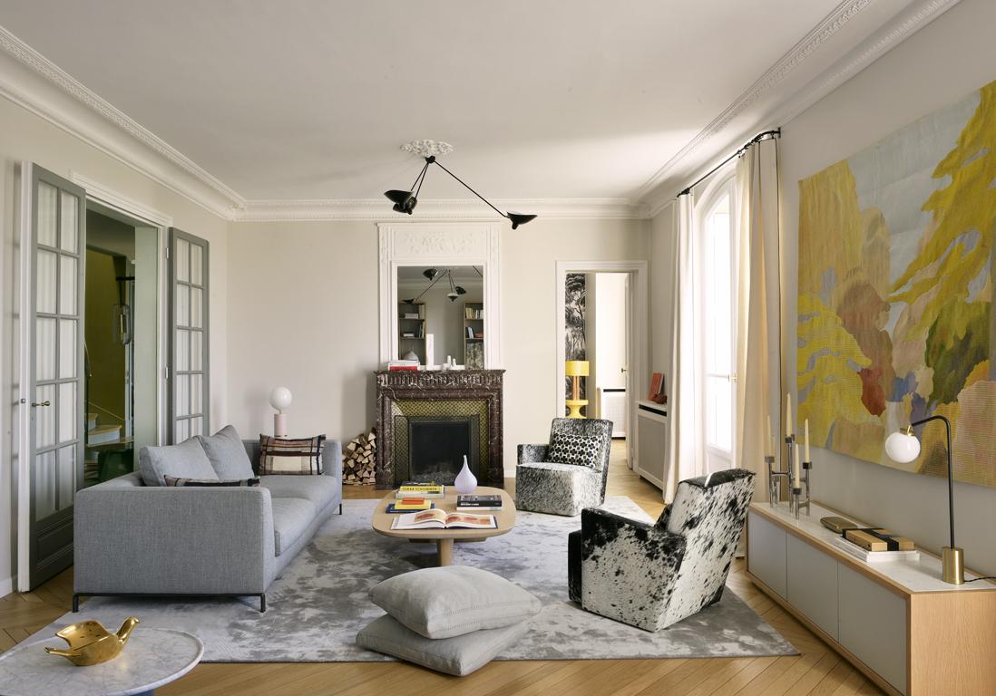 un duplex design et chaleureux face la tour eiffel elle d coration. Black Bedroom Furniture Sets. Home Design Ideas