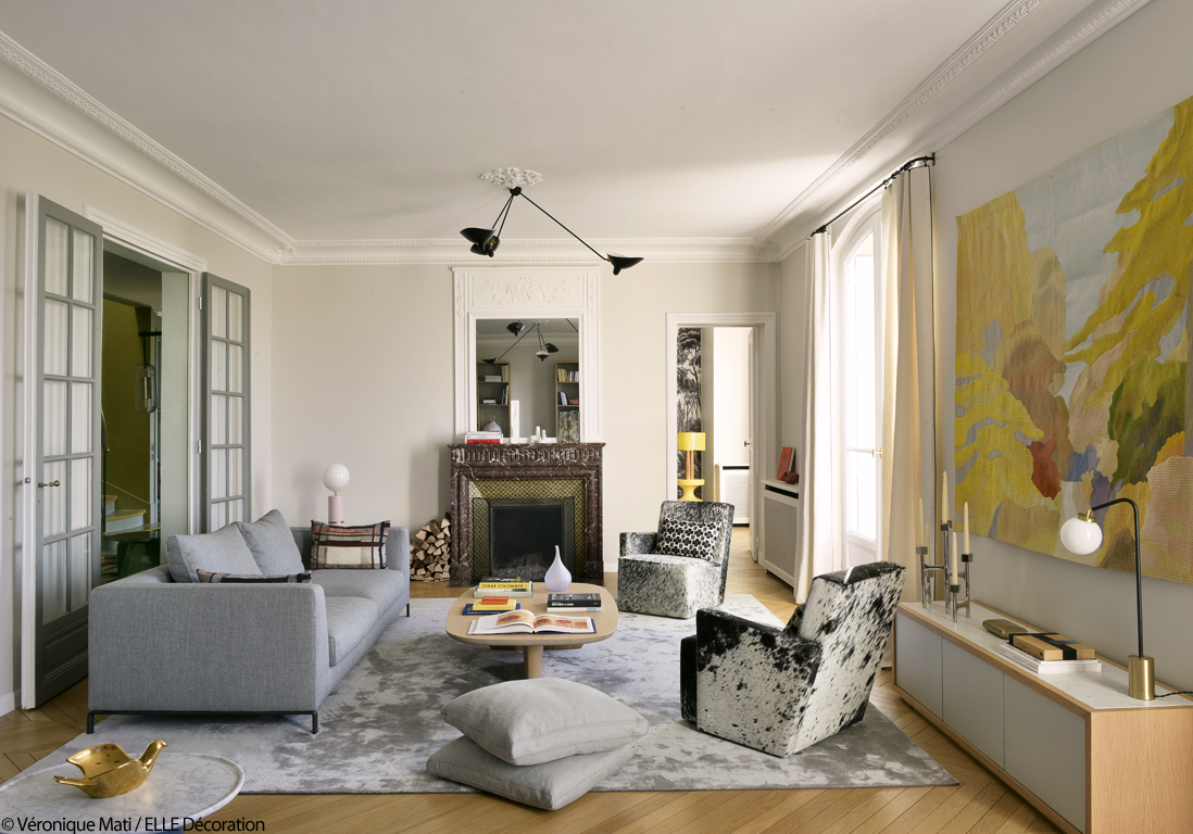 Un duplex design et chaleureux face la tour eiffel for Salon design chaleureux