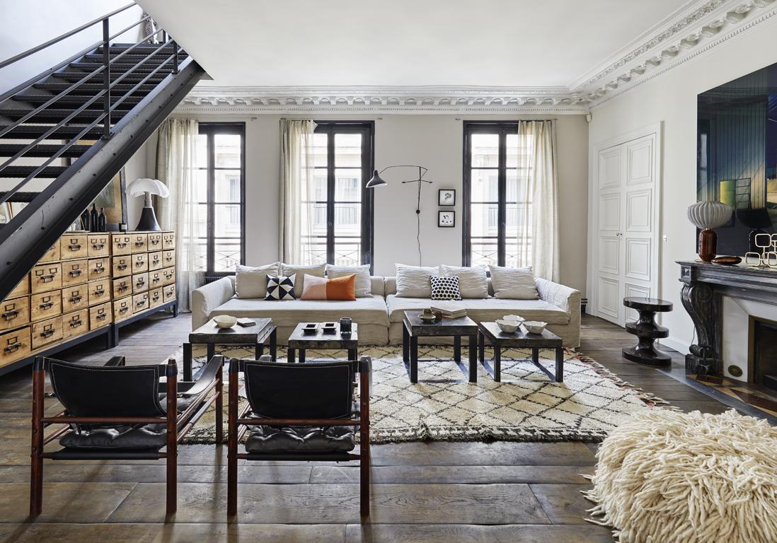 un duplex parisien aux accents boh mes elle d coration. Black Bedroom Furniture Sets. Home Design Ideas