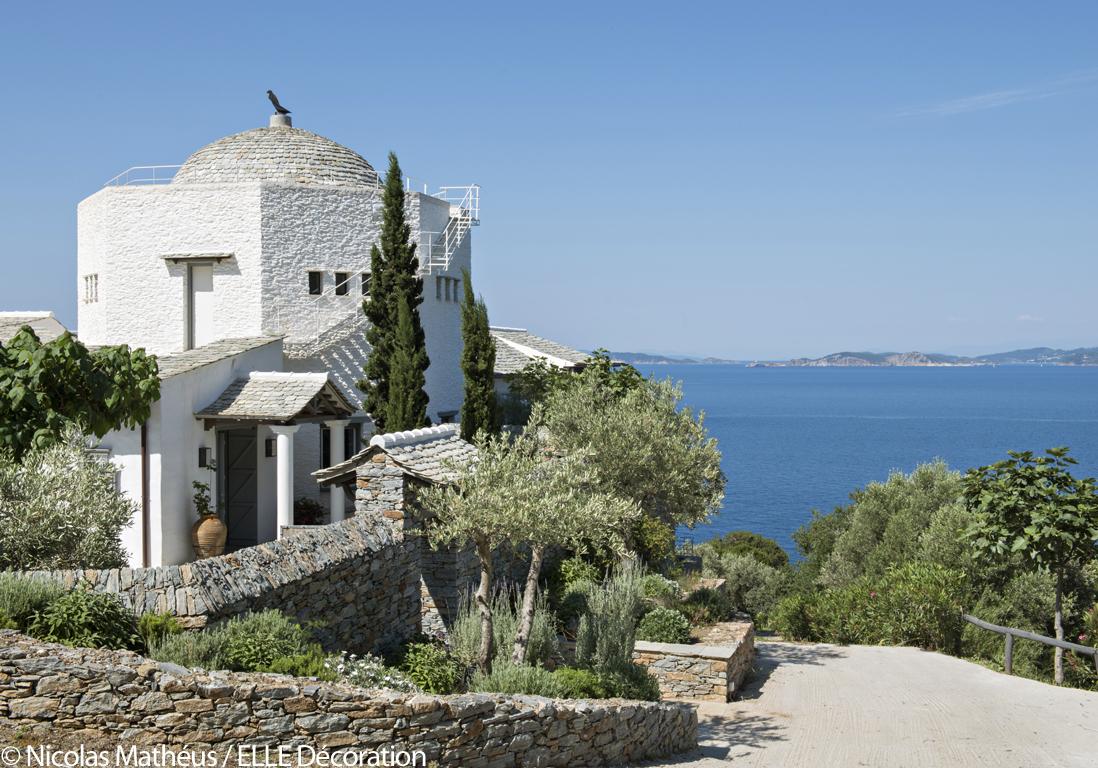 Une maison grecque à la vue époustouflante - Elle Décoration