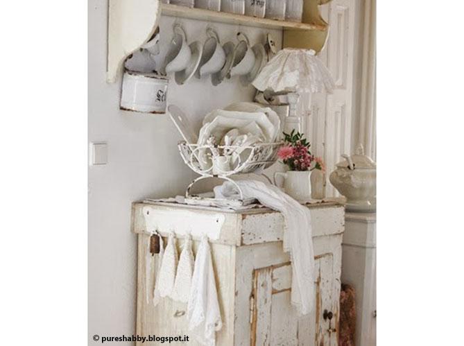 Une maison comme la brocante elle d coration for Meuble de cuisine style brocante