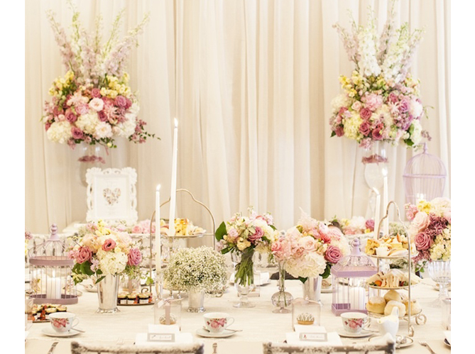 Fleurs mariage elle d coration for Decoration de porte pour un mariage