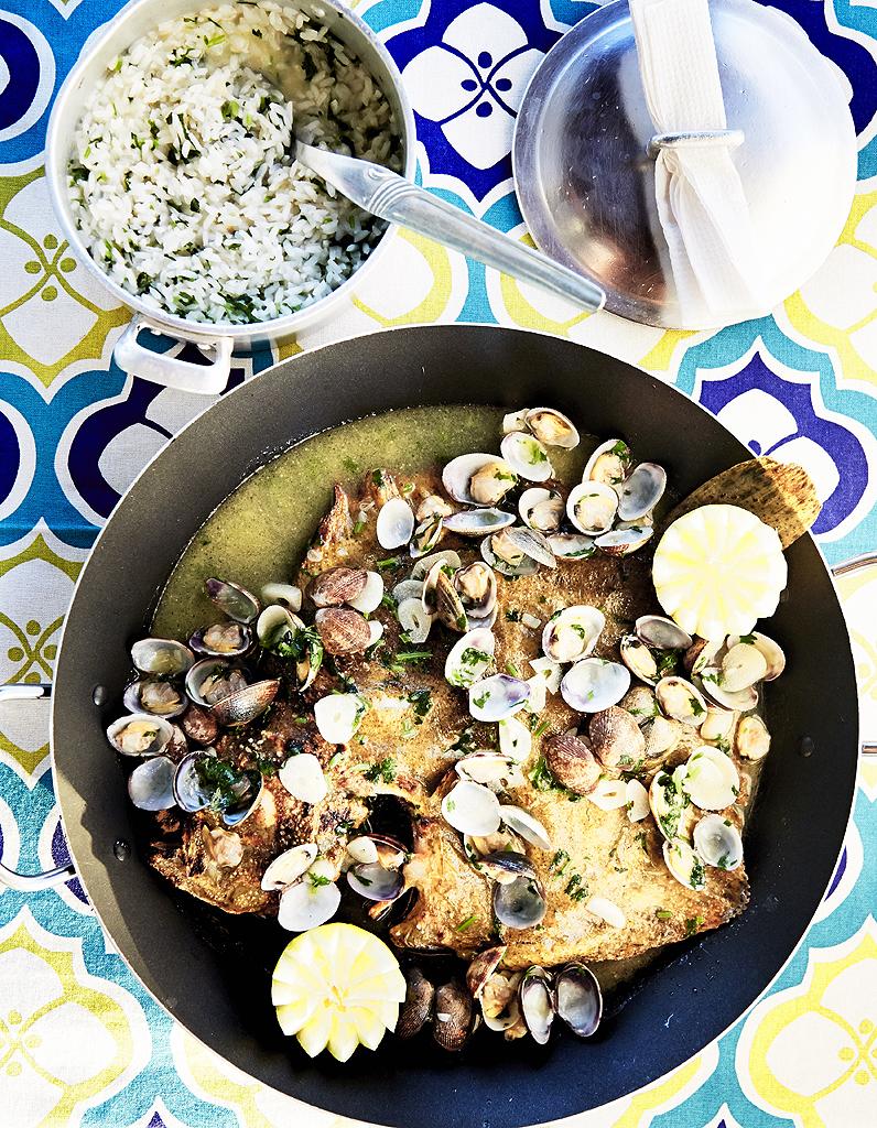 poissons et fruits de mer recettes de cuisine poissons et fruits de mer elle table. Black Bedroom Furniture Sets. Home Design Ideas