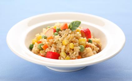 Salade de riz au surimi pour 6 personnes recettes elle - Salade de riz pour 10 personnes ...