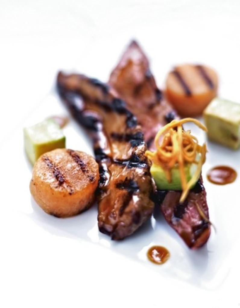 Aiguillettes de canard melon grill avocat la plancha 50 recettes de fruits gorg s de - Cuisiner les aiguillettes de canard ...