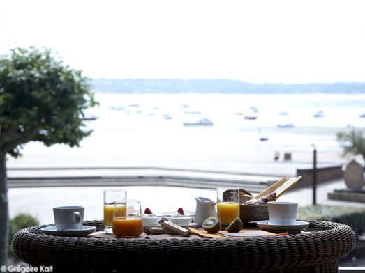 Hotel Cote Sable Ok1 Beach Food 3 Cap Sur Le Ferret Elle Table