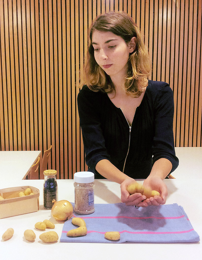 laur ne saby comment faites vous sauter les patates elle table. Black Bedroom Furniture Sets. Home Design Ideas