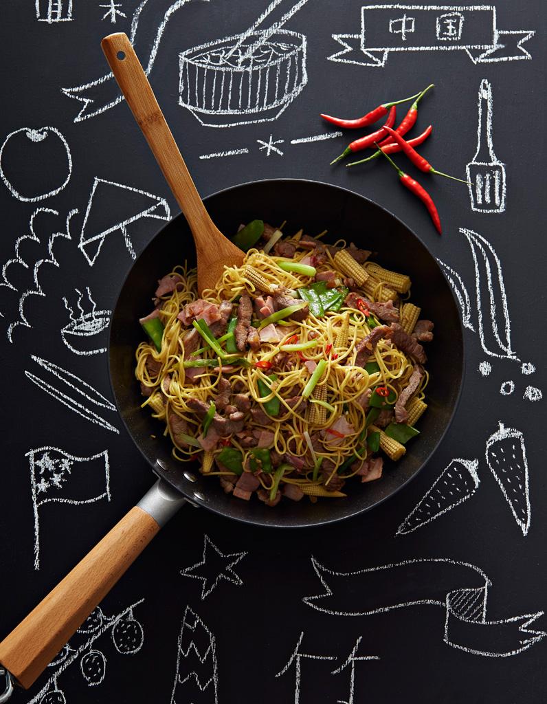 Nouilles chinoises saut es au porc et gingembre comment - Comment cuisiner des nouilles chinoises ...