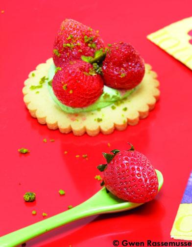 Tartelettes aux fraises effervescentes cuisine - Comment faire de la cuisine moleculaire ...