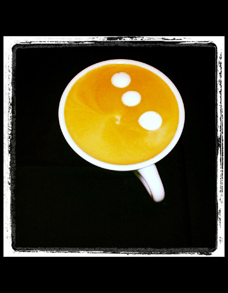 6 art le latte art la maison mode d emploi elle table - Maison regionale des arts de la table ...