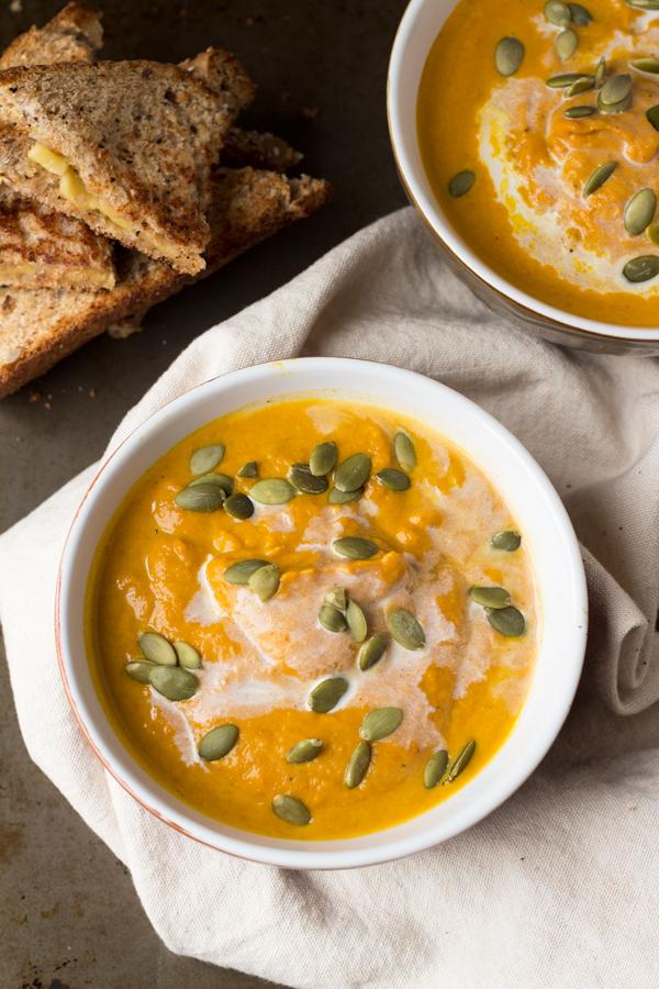 soupe de potiron 9 id es de plats vegan faire en moins de 20 minutes elle table. Black Bedroom Furniture Sets. Home Design Ideas