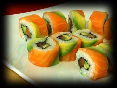 maki sushi california pour 4 personnes recettes elle table. Black Bedroom Furniture Sets. Home Design Ideas
