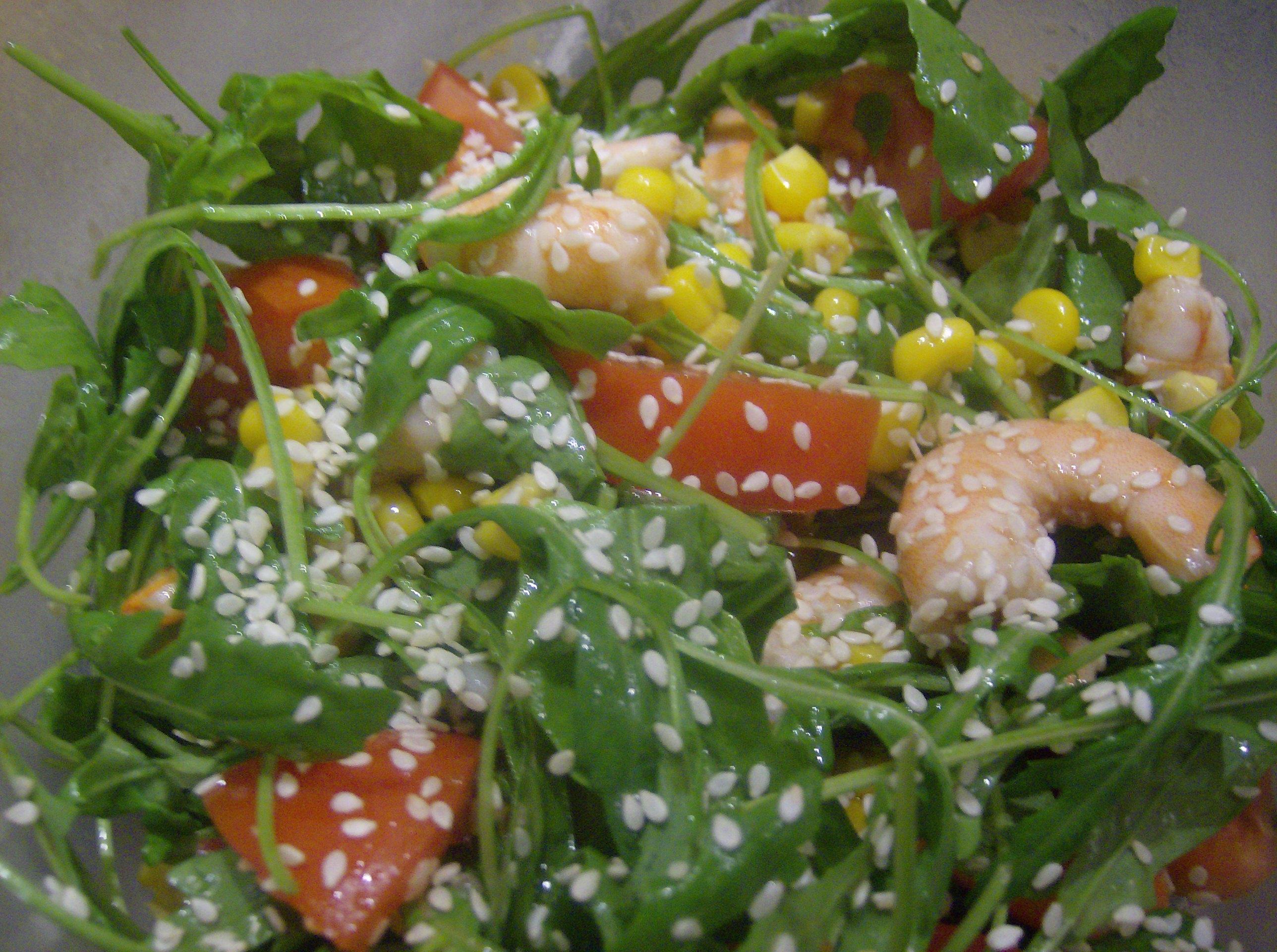 salade fraiche roquette crevettes pour 2 personnes recettes elle table. Black Bedroom Furniture Sets. Home Design Ideas