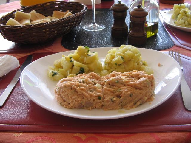 tartare aux deux saumons pour 4 personnes recettes elle table. Black Bedroom Furniture Sets. Home Design Ideas