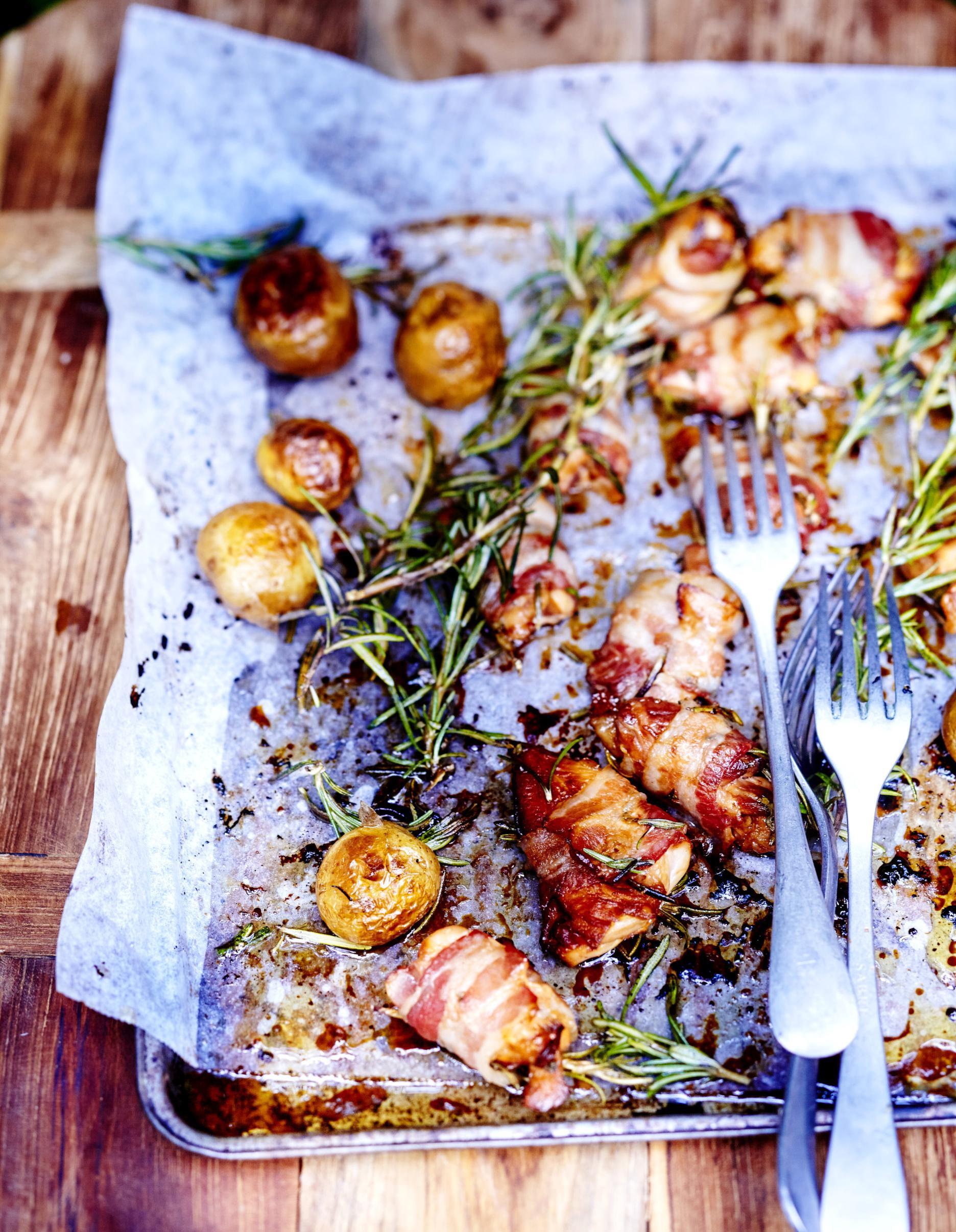 Bouch es de poulet grill es pour 6 personnes recettes elle table - Comment faire du poulet grille ...