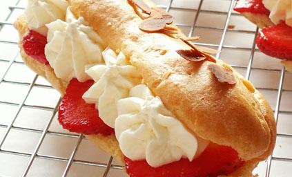 Couronne de p te choux aux fraises pour 6 personnes - Pate a choux herve cuisine ...