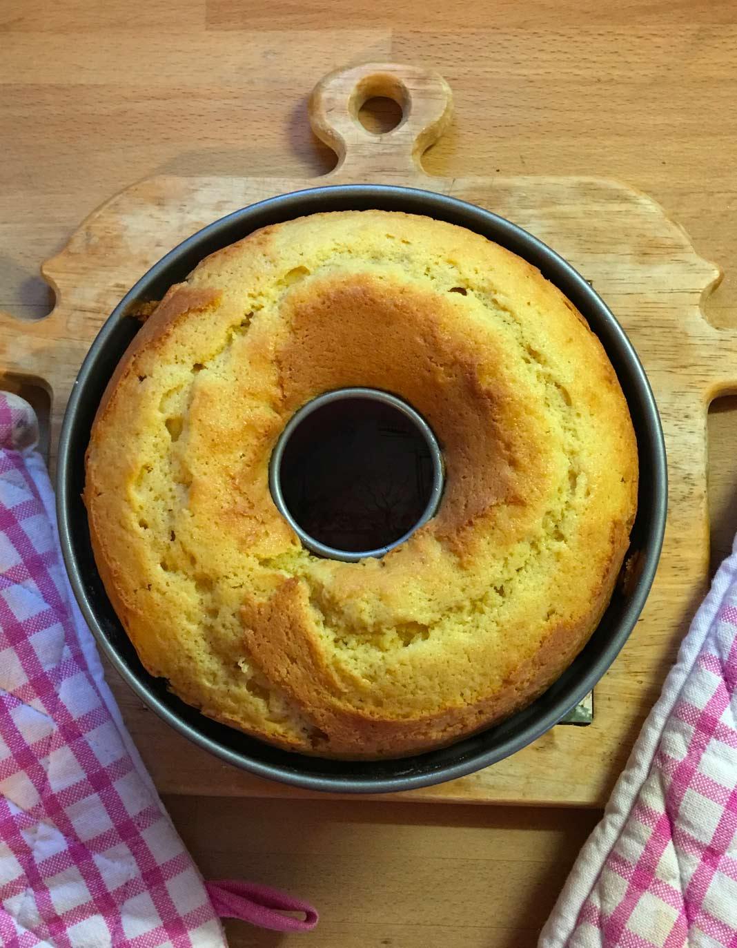 Gâteau au yaourt ultra simple pour 2 personnes - Recettes ...