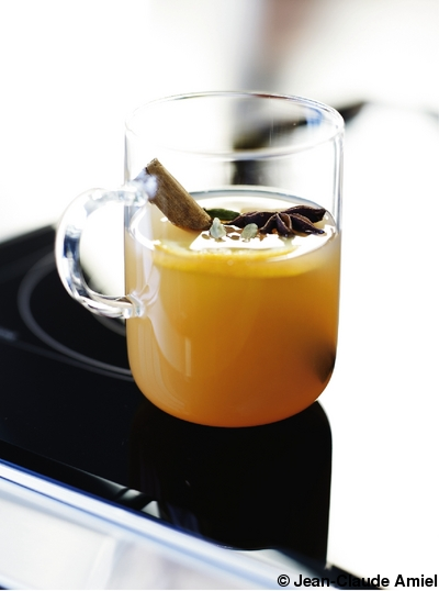 hot apple cider pour 6 personnes recettes elle table. Black Bedroom Furniture Sets. Home Design Ideas