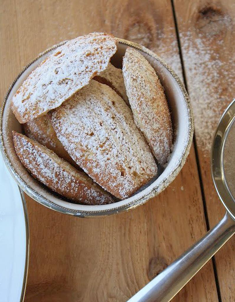 Madeleines aux fruits rouges sans gluten pour 10 personnes recettes elle table - Recette de cuisine sans gluten ...