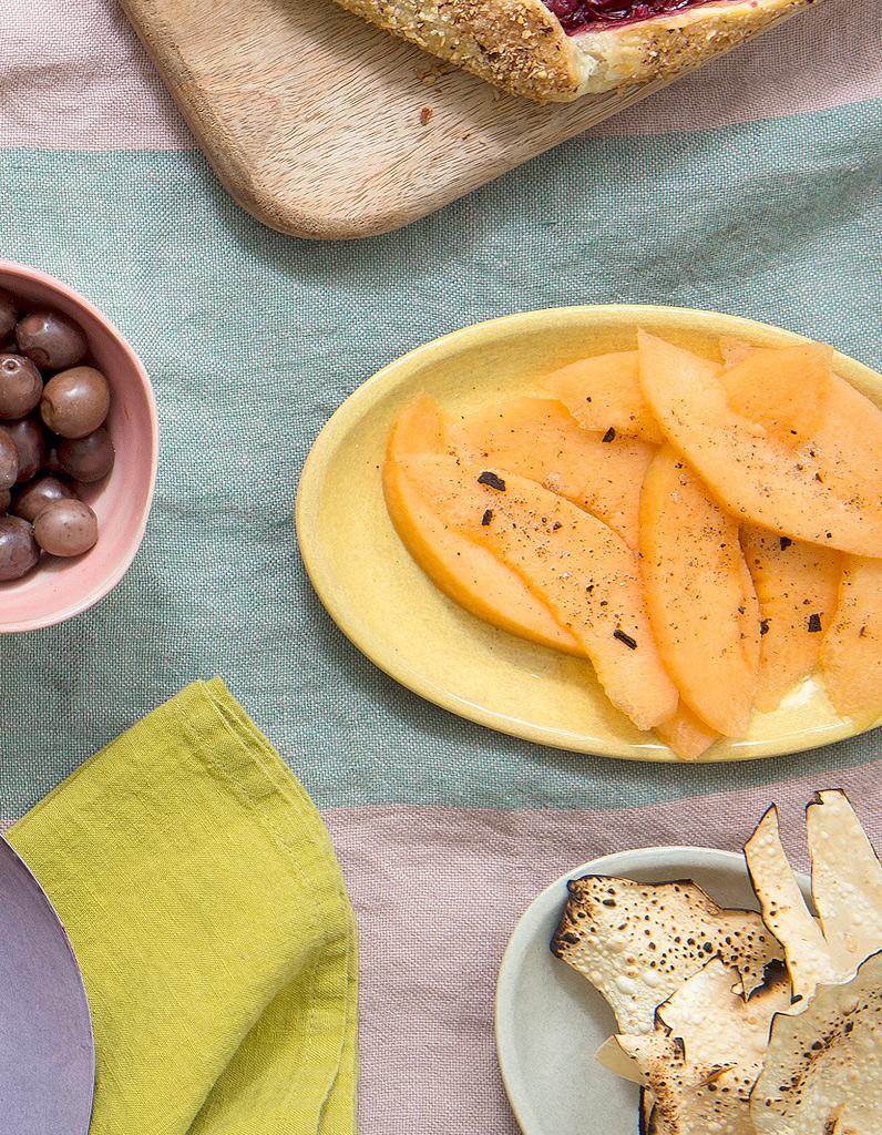 melon au sel de vanille pour 10 personnes recettes elle table. Black Bedroom Furniture Sets. Home Design Ideas