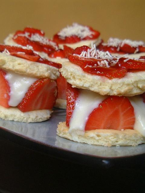 Mini fraisier r gime pour 8 personnes recettes elle table - Recettes cuisine regime mediterraneen ...