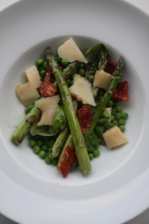 Salade petits pois asperges pour 2 personnes recettes for Petit pois cuisine